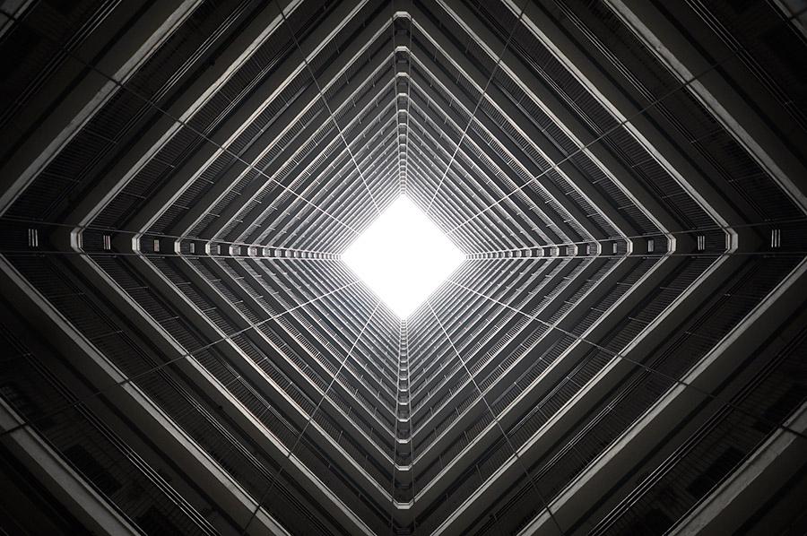 Vertical Horizon #17