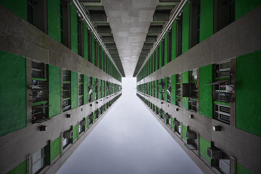 © Romain Jacquet-Lagrèze, 'Vertical Horizon' #86, Hong Kong 2014