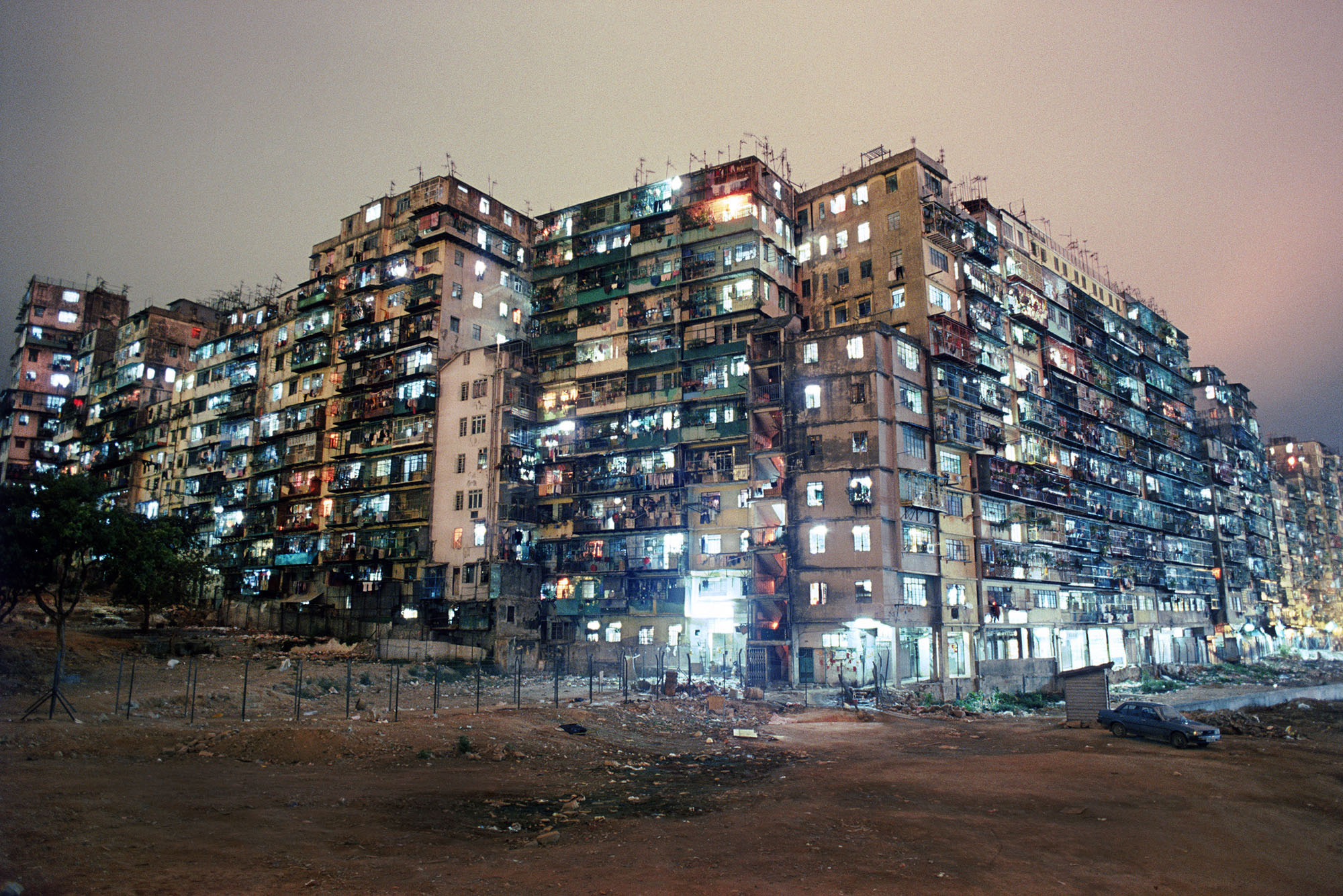 Greg Girard - Kowloon Walled City, Hong Kong 1987