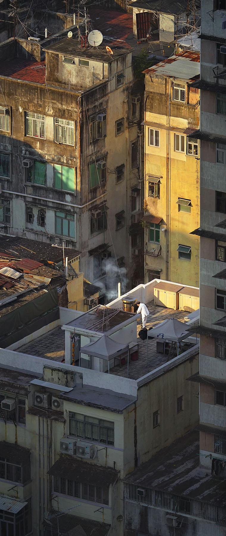 "Romain Jacquet-Lagrèze ""Wishing the Ancestors Well"" [Hong Kong, 2016]"