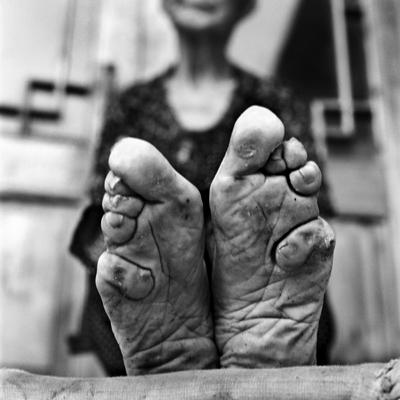 Jo Farrell, Zhao Hua Hong detail 84 (China, 2010).jpg