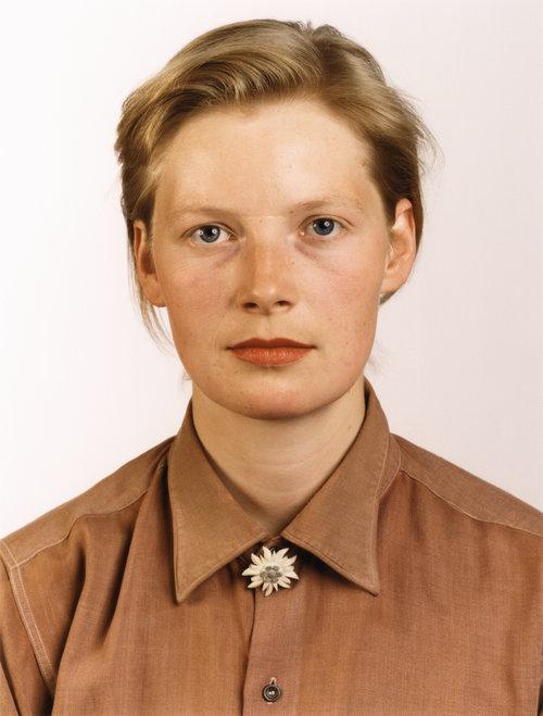 Thomas Ruff,  Porträt (P. Stadtbäumer),  1988