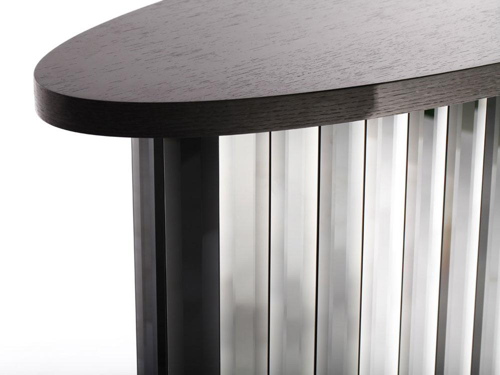 linea-oval-console-table-close-2.jpg