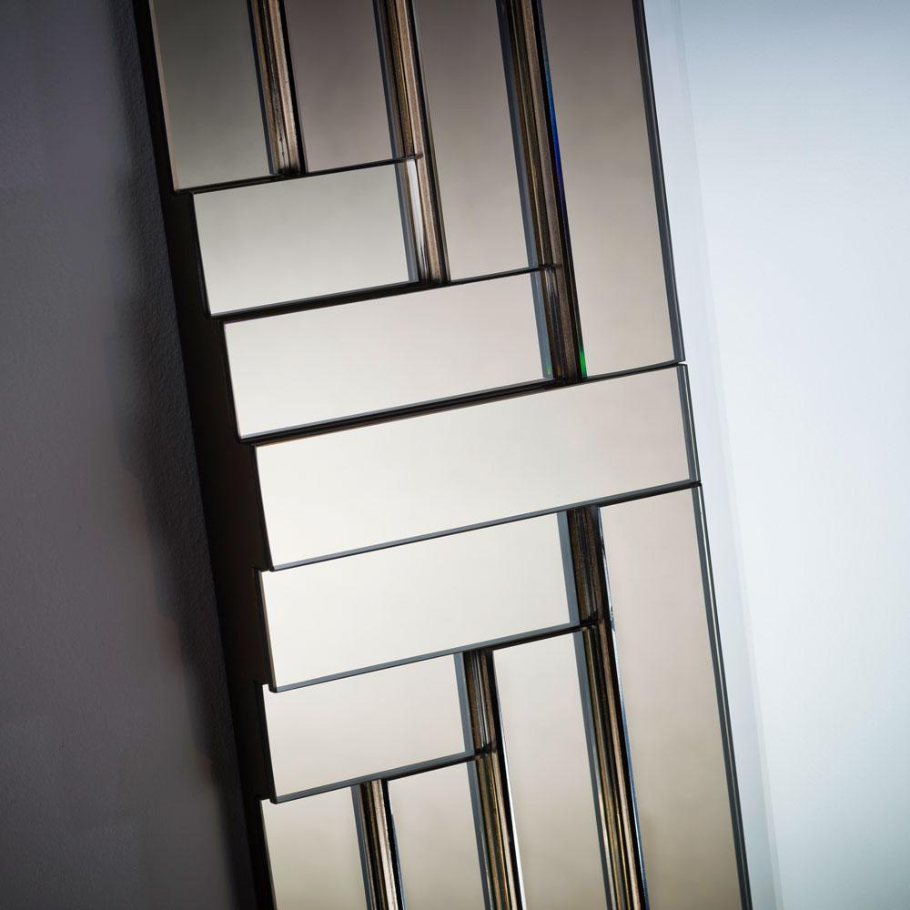 gatsby-mirror-close-1.jpg