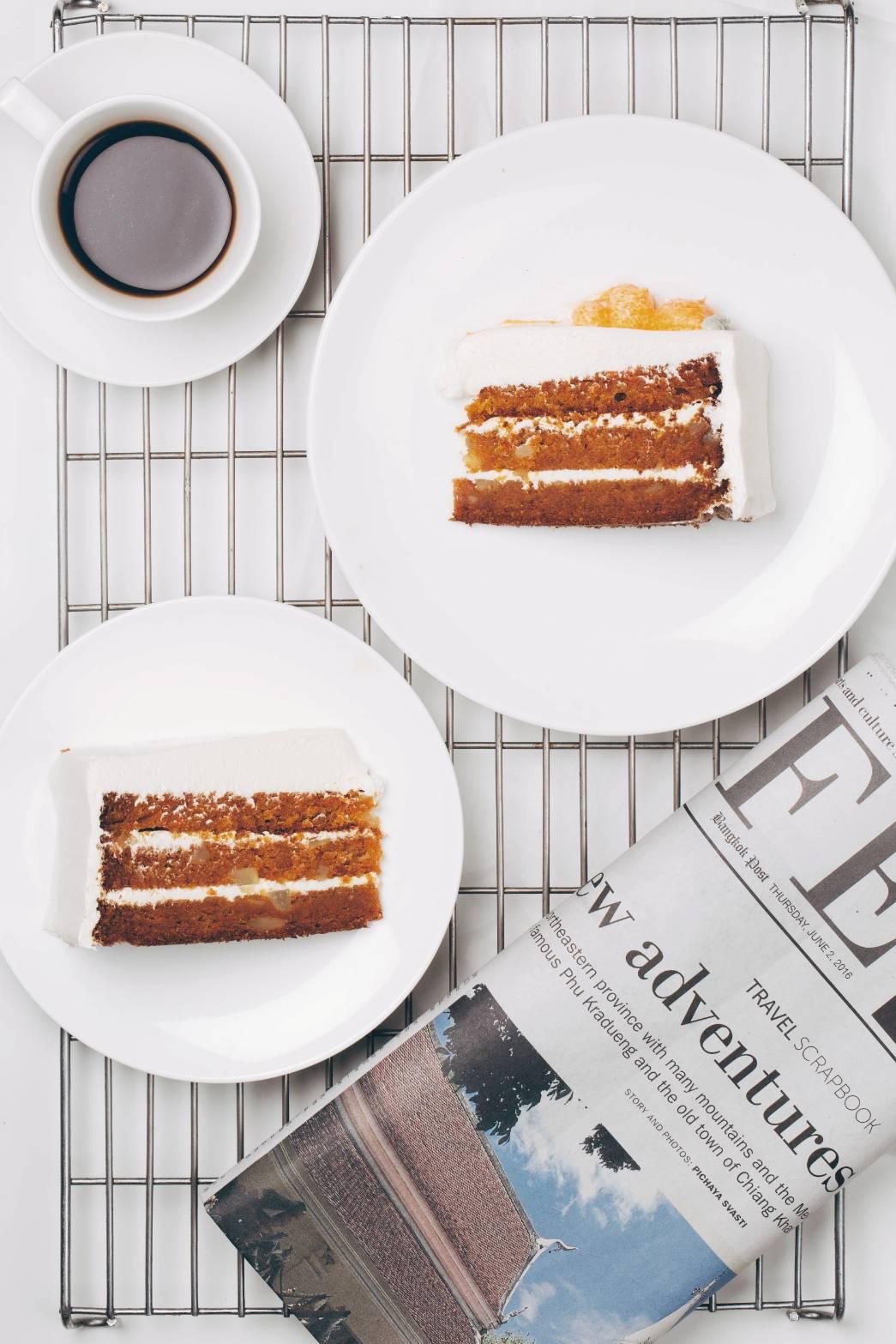 CARROT CAKE - Less flour, more carrot
