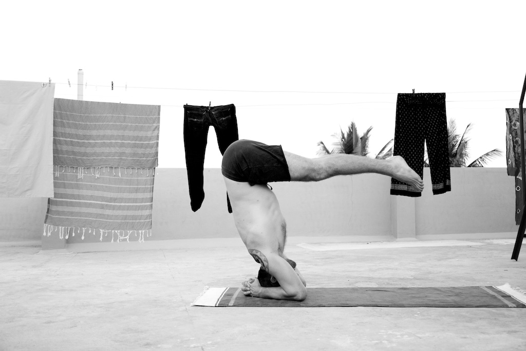 inversions are fun to play with. especially this one reminds me that for any inversion a deep forward fold is needed.    yoga to the people.   www.janoschs-turnstunde.com