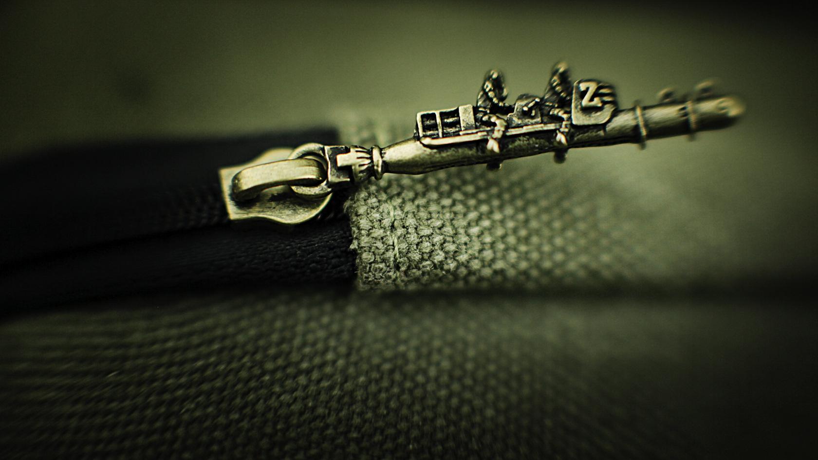 unique SLC zipper