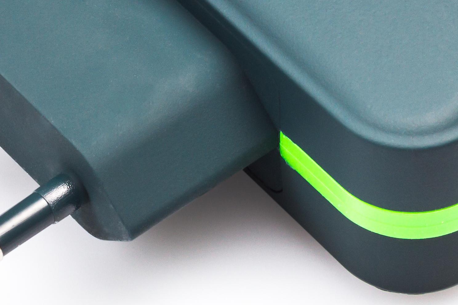 example charger 01 before copy.jpg