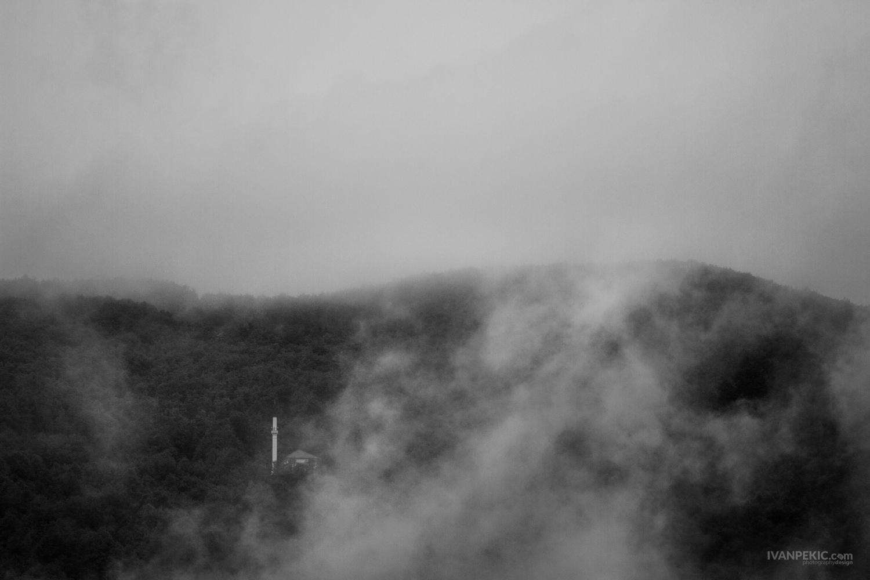 tara dzamija magla planina.jpg