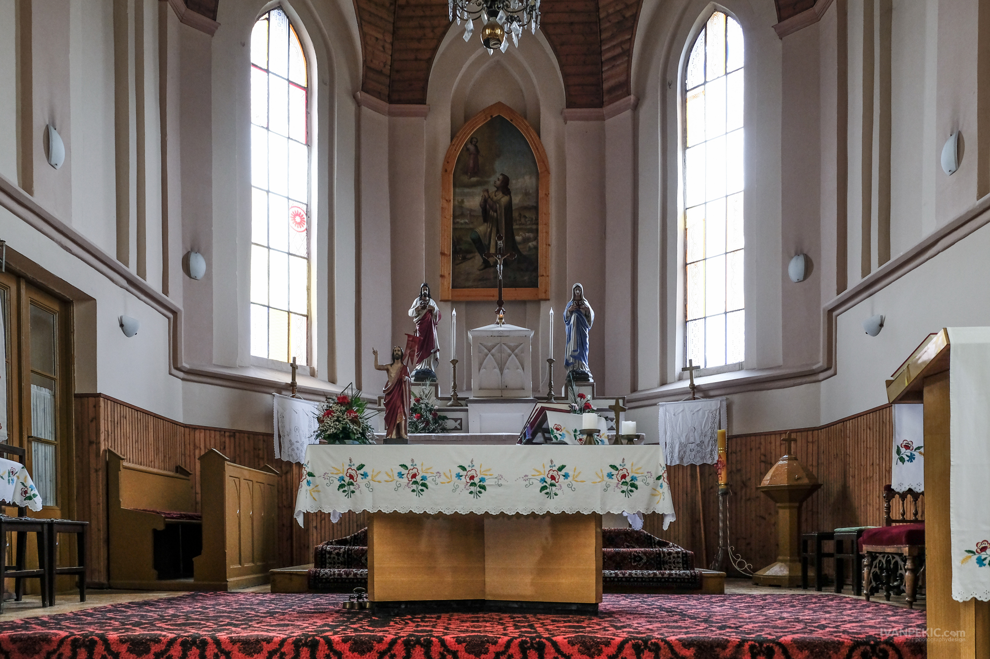 ivanovo crkva 02 (1 of 1).jpg