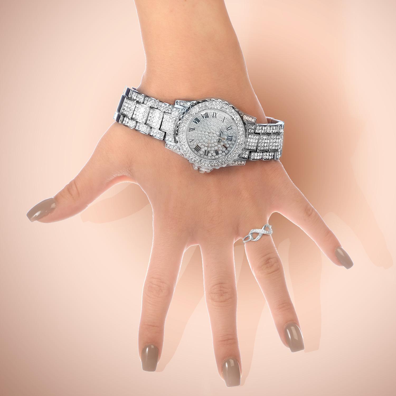 hand modeling clock.jpg