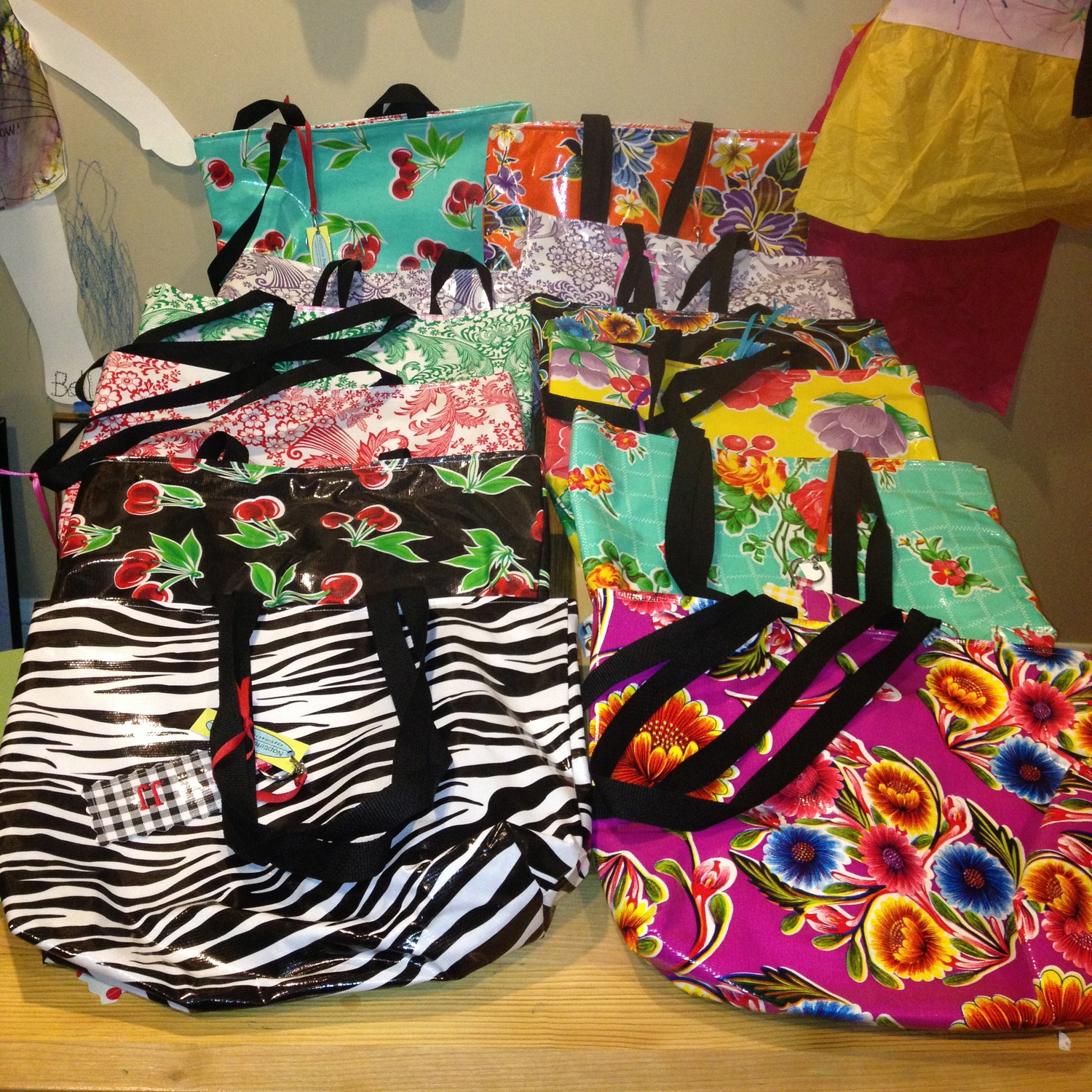 Look at these oilcloth bags I gave at the end of the year to the teachers in 2013 - back when my friend, Katie Sansted, called her company Naptime Treasures - now it's KT design.