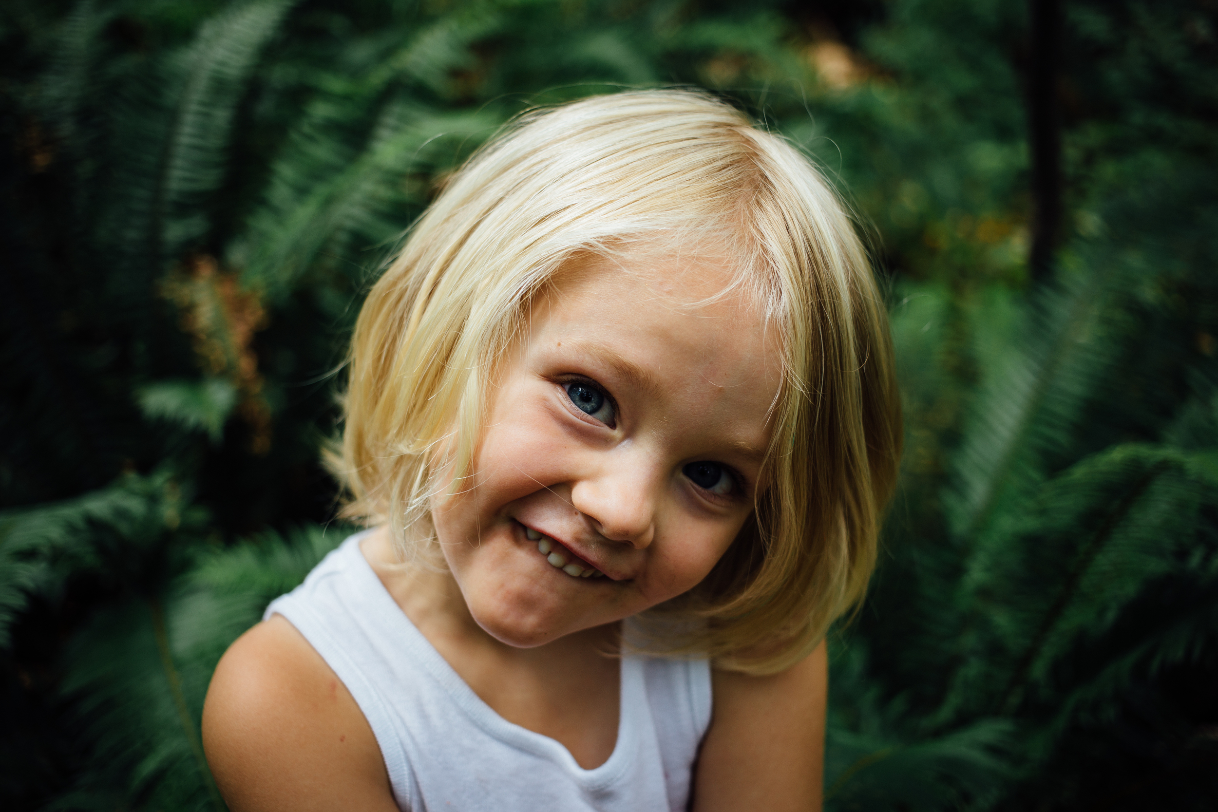dogwoodphotography_photographer_vancouver_child_roosbday-18.jpg