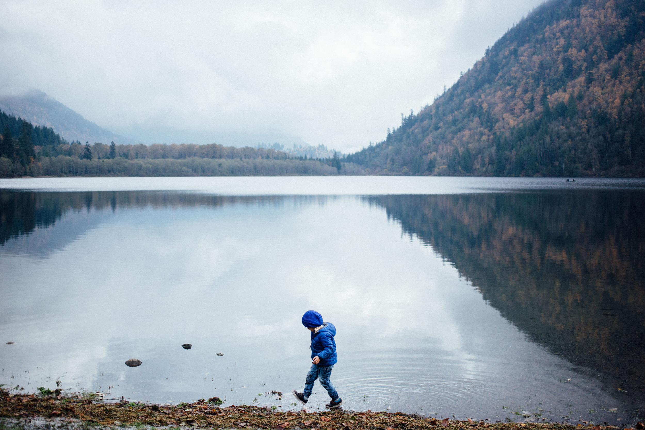 dogwoodphotography_photographer_vancouver_family_fallcamping-17.jpg