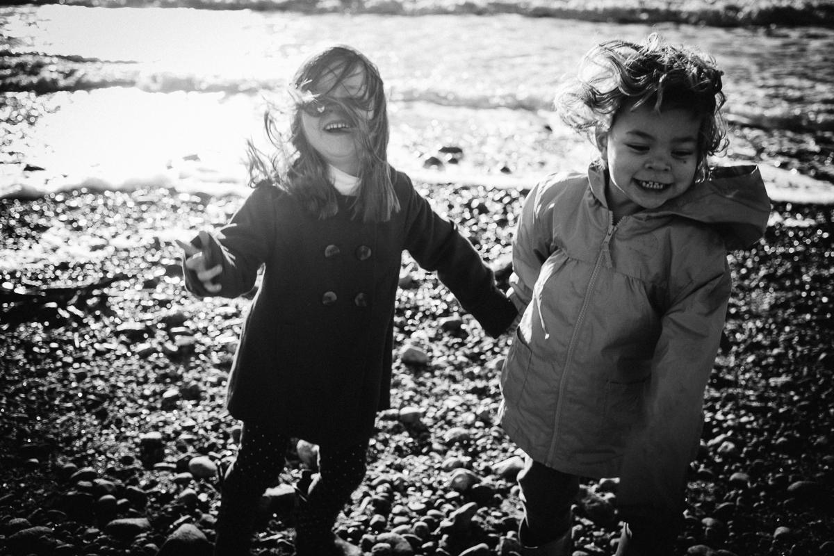 dogwoodphotography_photographer_vancouver_child_cousins-3.jpg