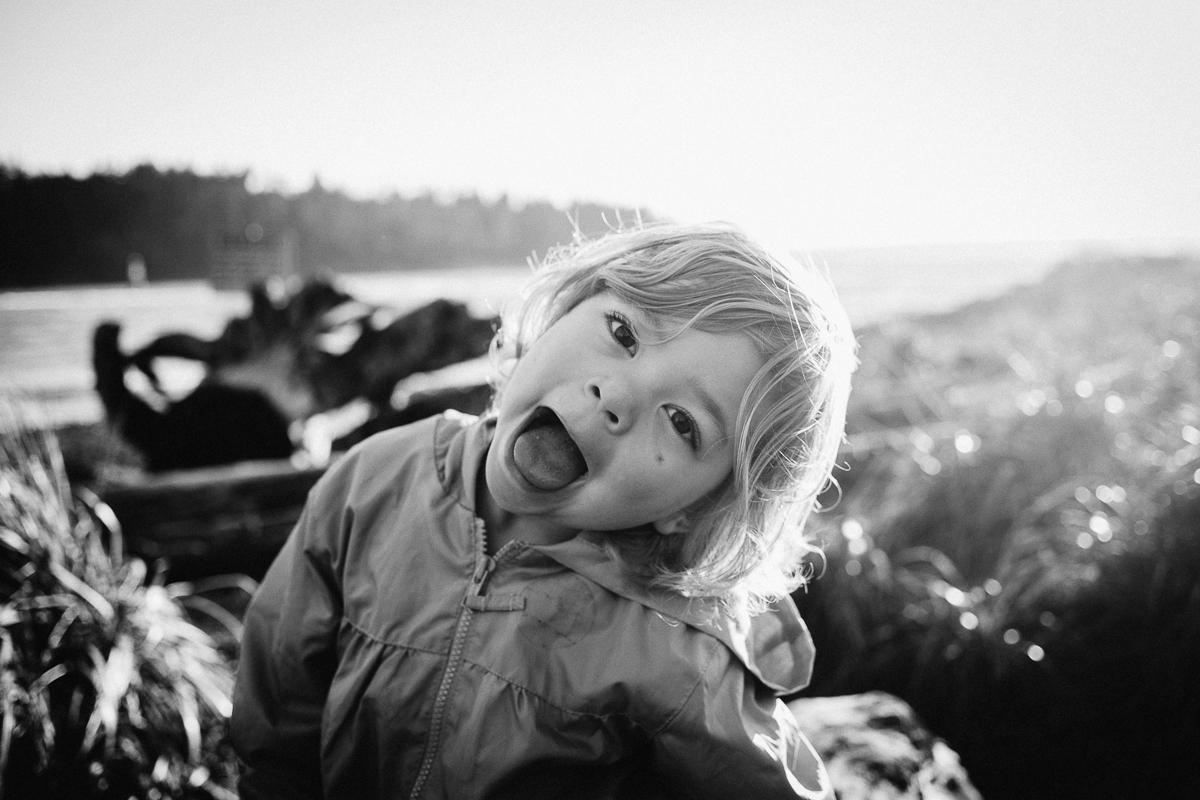 dogwoodphotography_photographer_vancouver_child_cousins-5.jpg