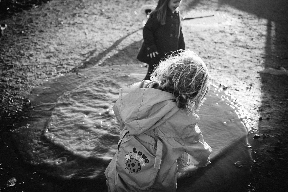 dogwoodphotography_photographer_vancouver_child_cousins-8.jpg