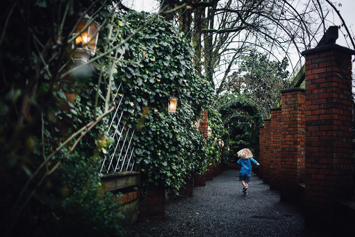 dogwoodphotography_photographer_vancouver_child_365 (1 of 4).jpg