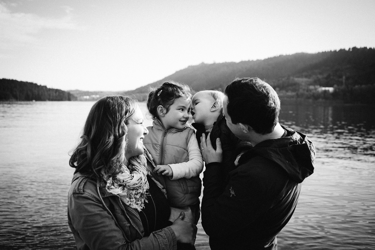 dogwoodphotography_photographer_vancouver_caterfamily (5 of 11).jpg
