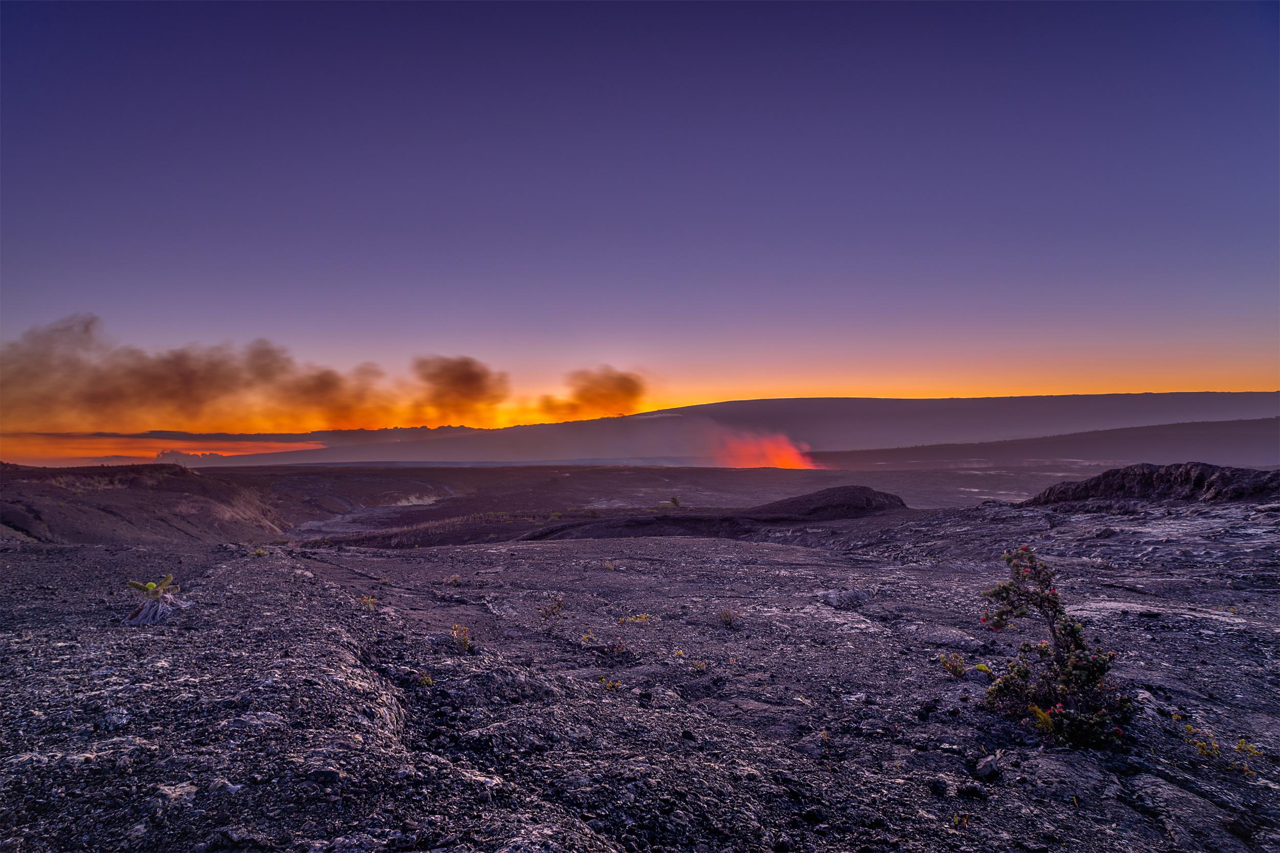 Kilauea Caldera - Hawaii Volcano National Park -Halema'uma'u Crater in the Kilauea Calderon at Hawai'i Volcanoes National Park.Taken on the Keanakākoʻi Trail, overlooking Mauna Loa