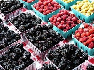 Cherries and berries have arrived! Support your local farmers this Sunday. Read on! https://mailchi.mp/cfwdc.org/the-holiday-market-is-here-2672933 😃