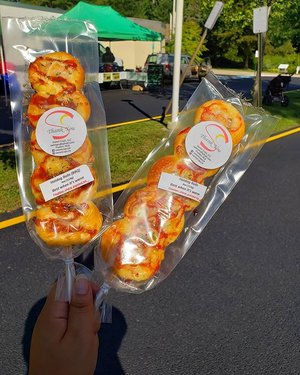 Looking for a savory treat? Pick up one of @sweetcups24 Hotdog Rolls in either BBQ or their classic flavor😋. It's the perfect snack for browsing at the market. Come snag yours at the Oakton Farmers Market today! We are open until 1pm. . . . #oakton #Oaktonfarmersmarket #nova #bakedgoods #locallygrown #shoplocal #supportlocalfarms #farmersmarket #hotdog