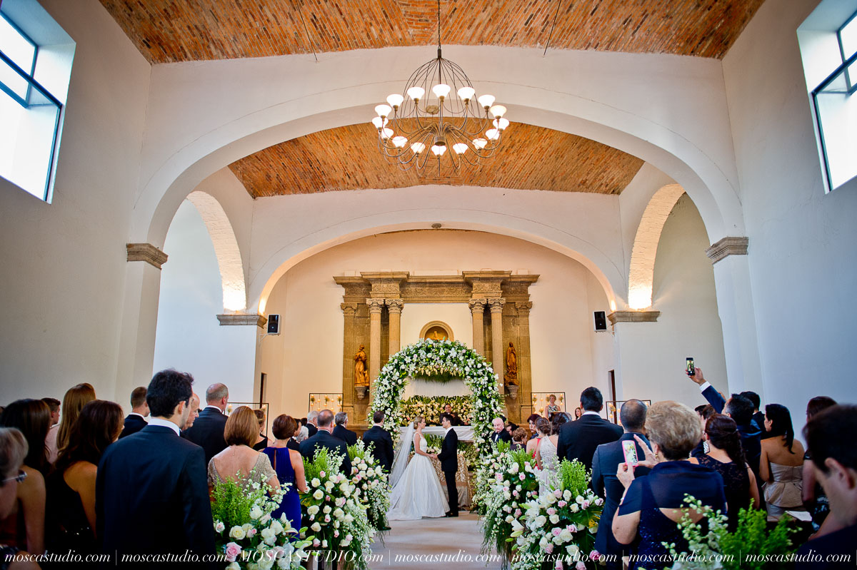 01024-MoscaStudio-Hacienda-La-Escoba-Guadalajara-Mexico-wedding-photography-20150814-SOCIALMEDIA.jpg
