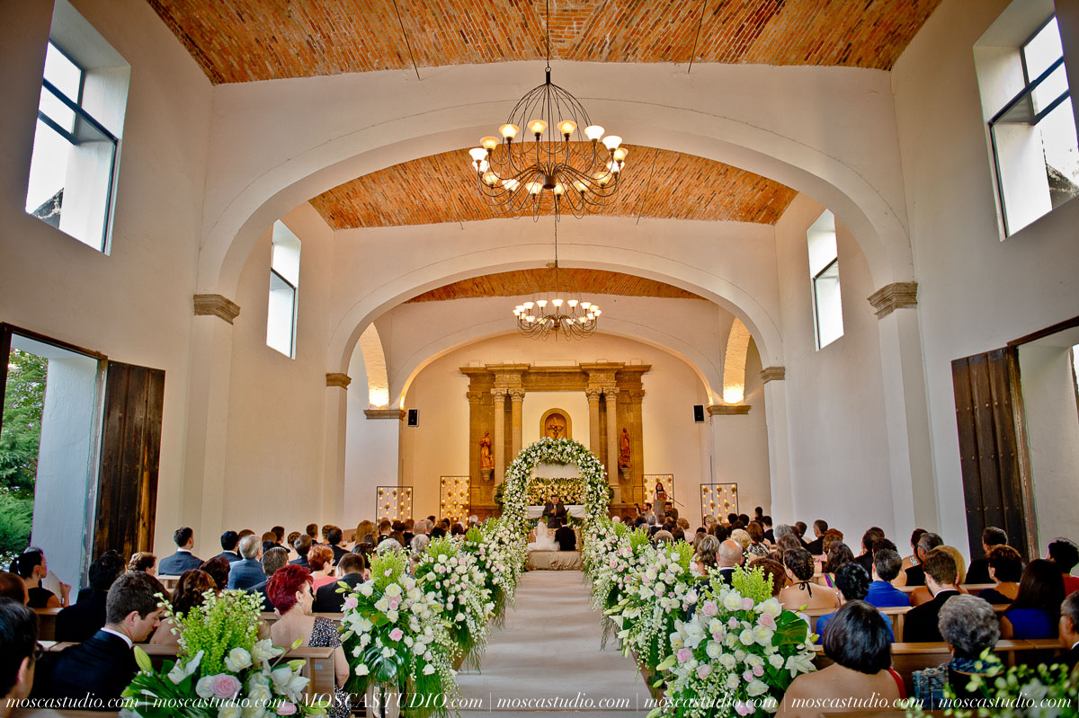01048-MoscaStudio-Hacienda-La-Escoba-Guadalajara-Mexico-wedding-photography-20150814-SOCIALMEDIA.jpg