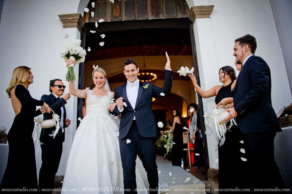 01142-MoscaStudio-Hacienda-La-Escoba-Guadalajara-Mexico-wedding-photography-20150814-SOCIALMEDIA.jpg