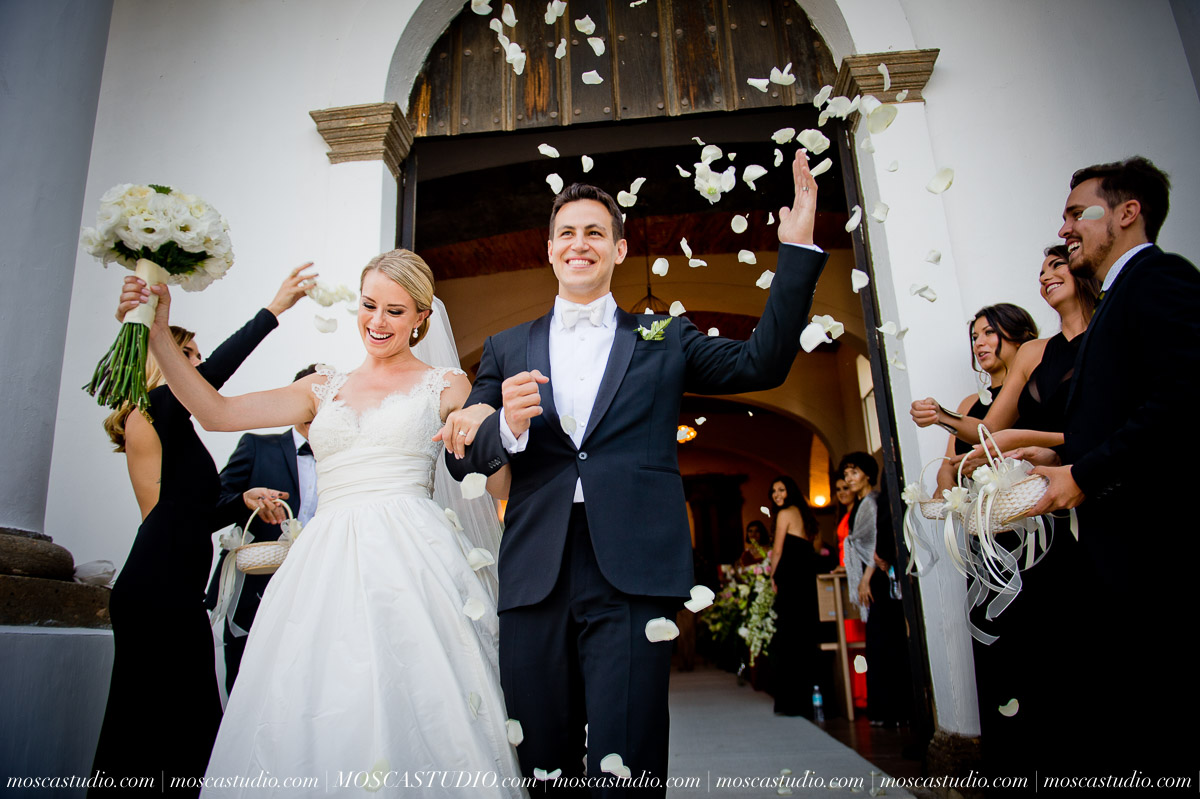 01144-MoscaStudio-Hacienda-La-Escoba-Guadalajara-Mexico-wedding-photography-20150814-SOCIALMEDIA.jpg