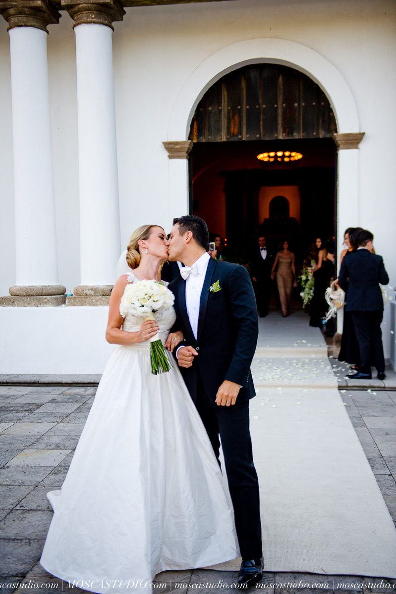 01155-MoscaStudio-Hacienda-La-Escoba-Guadalajara-Mexico-wedding-photography-20150814-SOCIALMEDIA.jpg