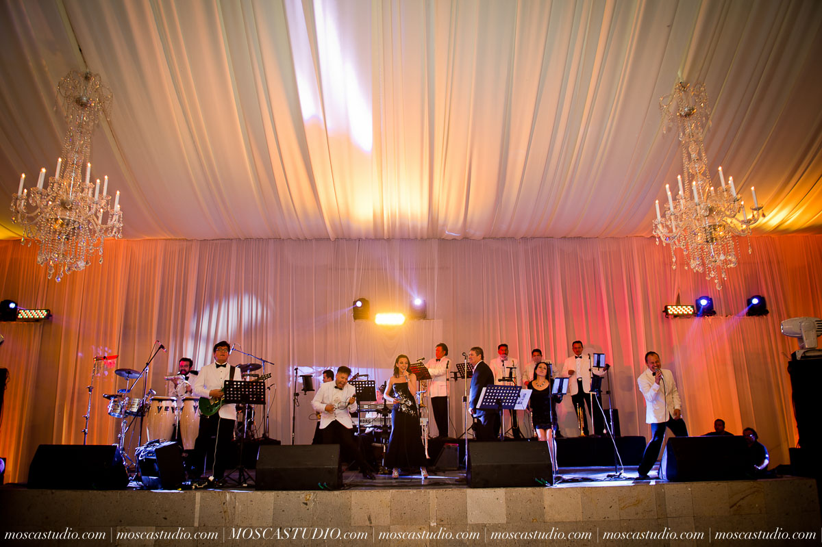 01793-MoscaStudio-Hacienda-La-Escoba-Guadalajara-Mexico-wedding-photography-20150814-SOCIALMEDIA.jpg