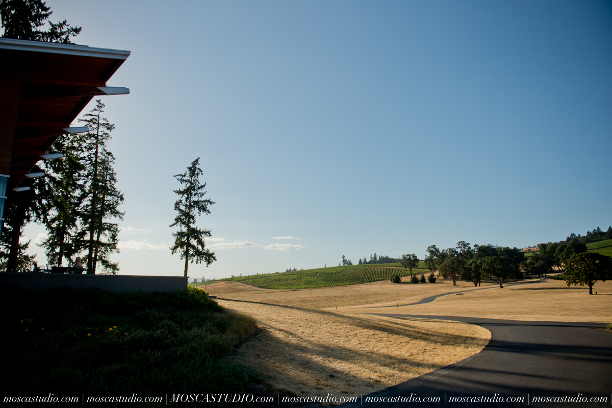00001-MoscaStudio-Red-Ridge-Farms-Oregon-Wedding-Photography-20150822-SOCIALMEDIA.jpg