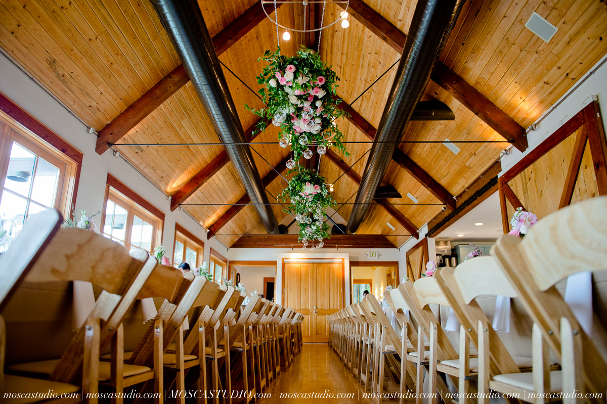00206-MoscaStudio-Red-Ridge-Farms-Oregon-Wedding-Photography-20150822-SOCIALMEDIA.jpg