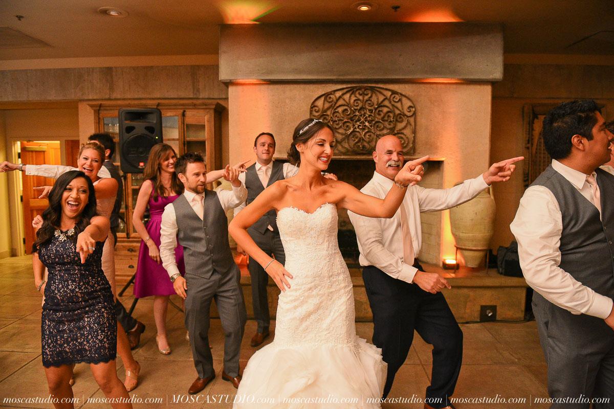 01662-MoscaStudio-LaurellBryce-Ramekins-Culinary-School-Sonoma-California-Wedding-20150919-SOCIALMEDIA-SOCIALMEDIA.jpg