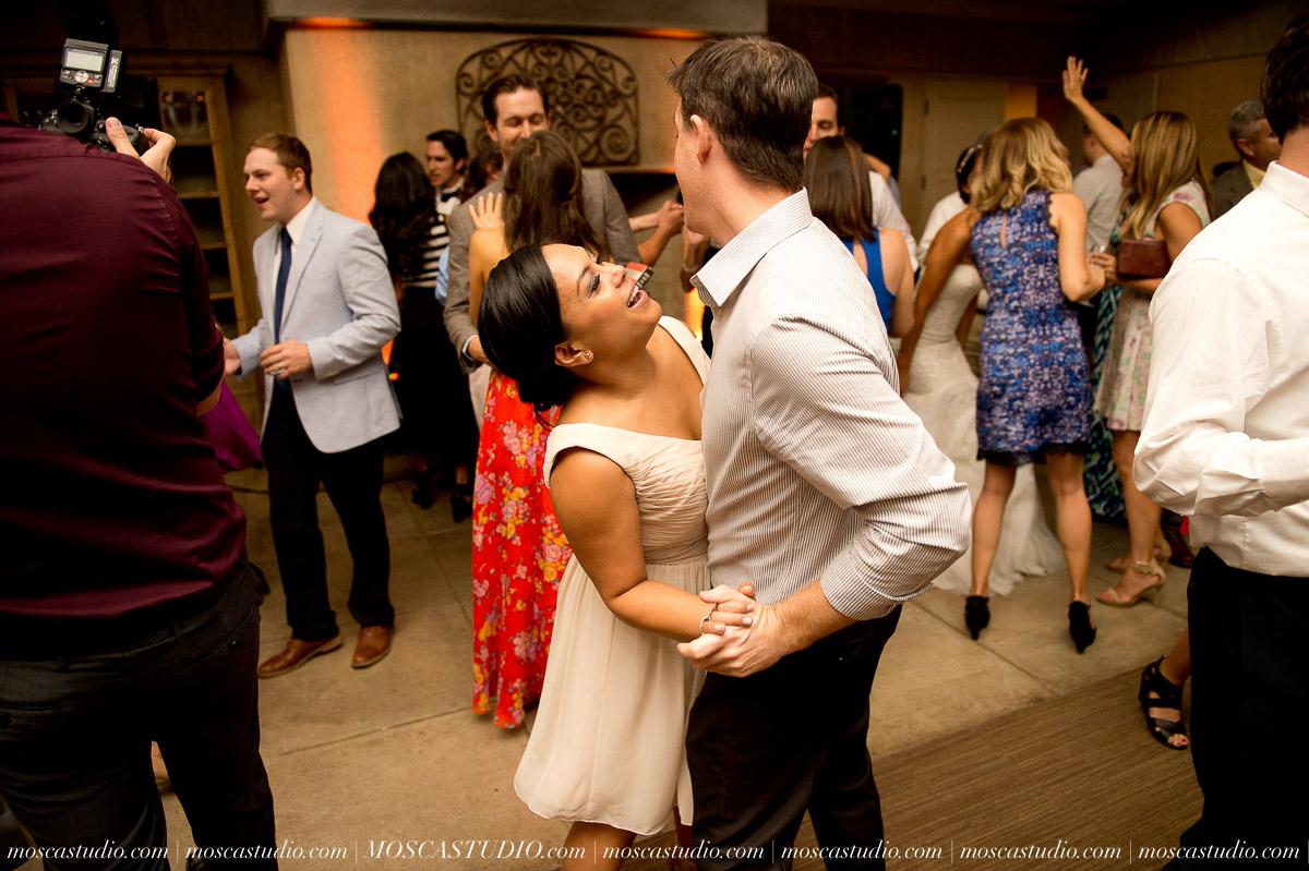 01759-MoscaStudio-LaurellBryce-Ramekins-Culinary-School-Sonoma-California-Wedding-20150919-SOCIALMEDIA-SOCIALMEDIA.jpg