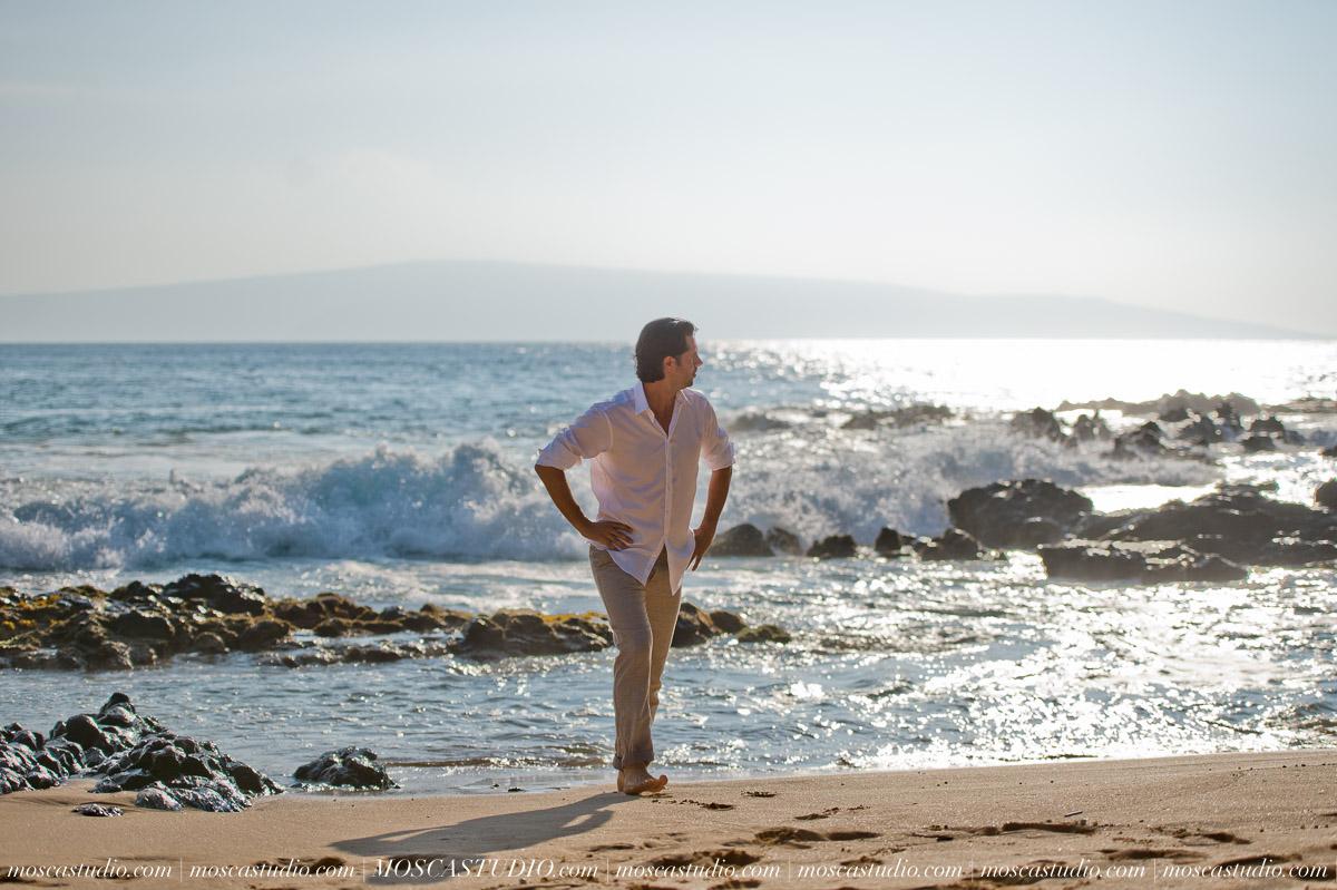 00043-MoscaStudio-AprilRyan-Maui-Hawaii-Wedding-Photography-20151009-SOCIALMEDIA.jpg