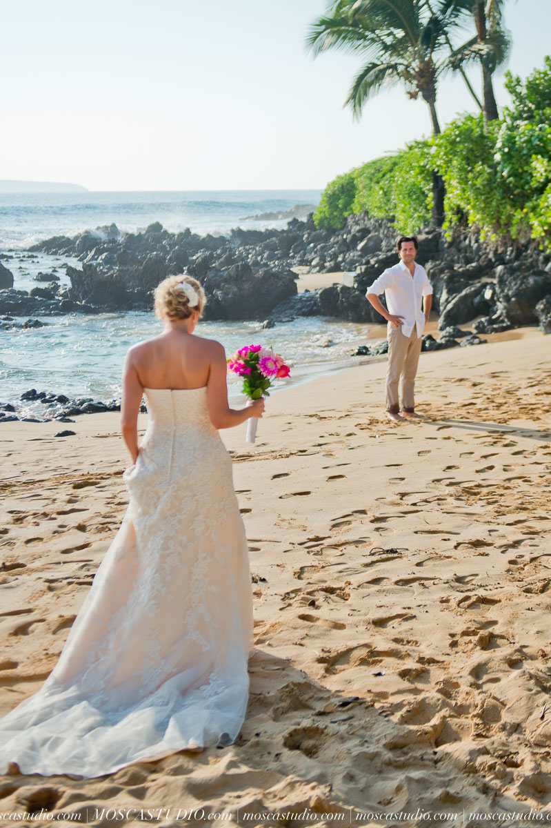 00077-MoscaStudio-AprilRyan-Maui-Hawaii-Wedding-Photography-20151009-SOCIALMEDIA.jpg
