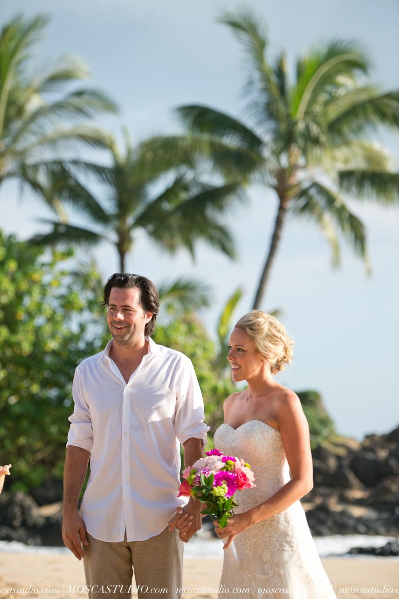 00096-MoscaStudio-AprilRyan-Maui-Hawaii-Wedding-Photography-20151009-SOCIALMEDIA.jpg