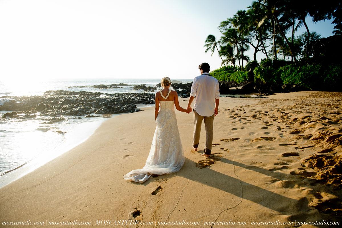 00412-MoscaStudio-AprilRyan-Maui-Hawaii-Wedding-Photography-20151009-SOCIALMEDIA.jpg