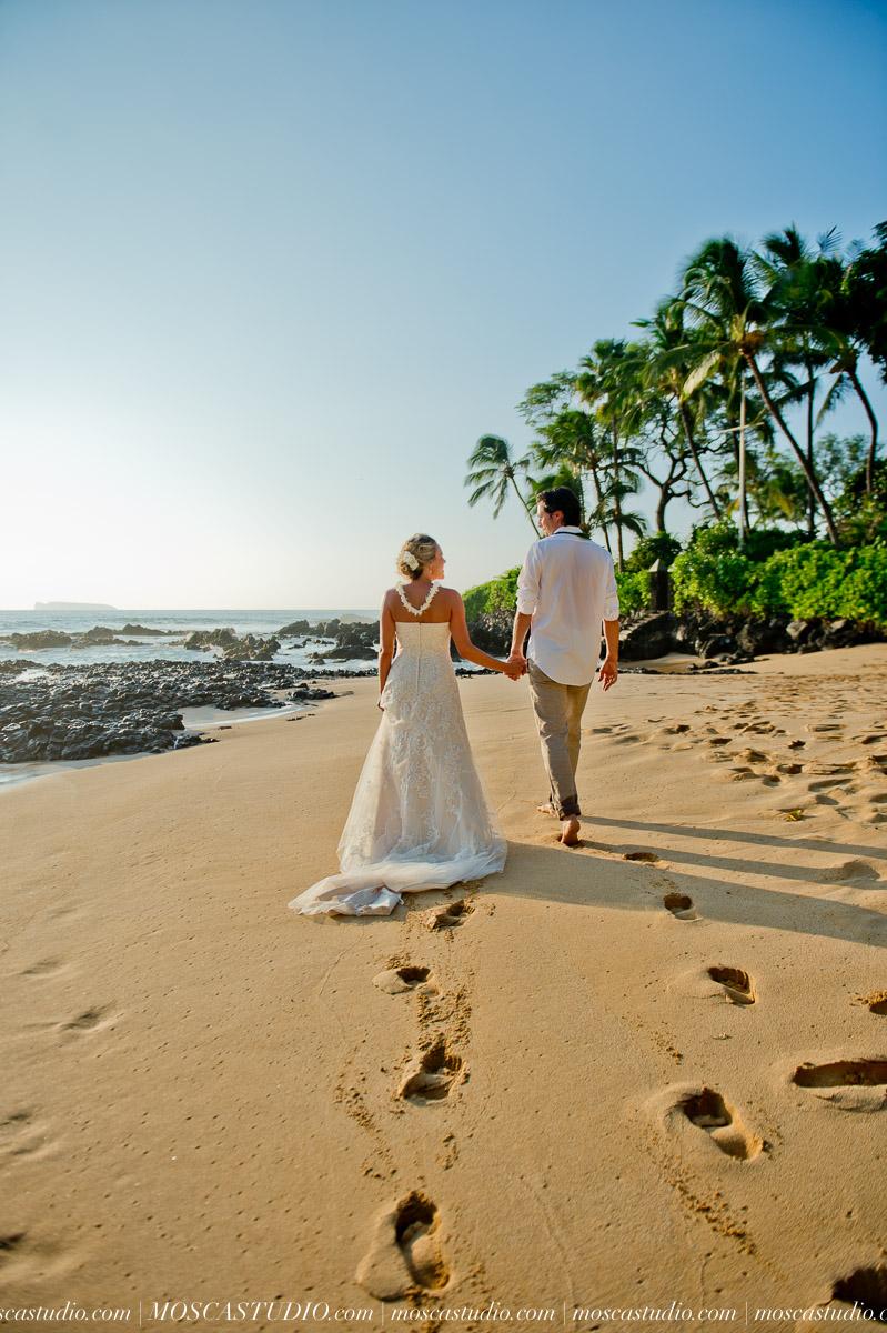 00414-MoscaStudio-AprilRyan-Maui-Hawaii-Wedding-Photography-20151009-SOCIALMEDIA.jpg