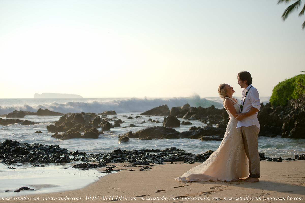 00434-MoscaStudio-AprilRyan-Maui-Hawaii-Wedding-Photography-20151009-SOCIALMEDIA.jpg