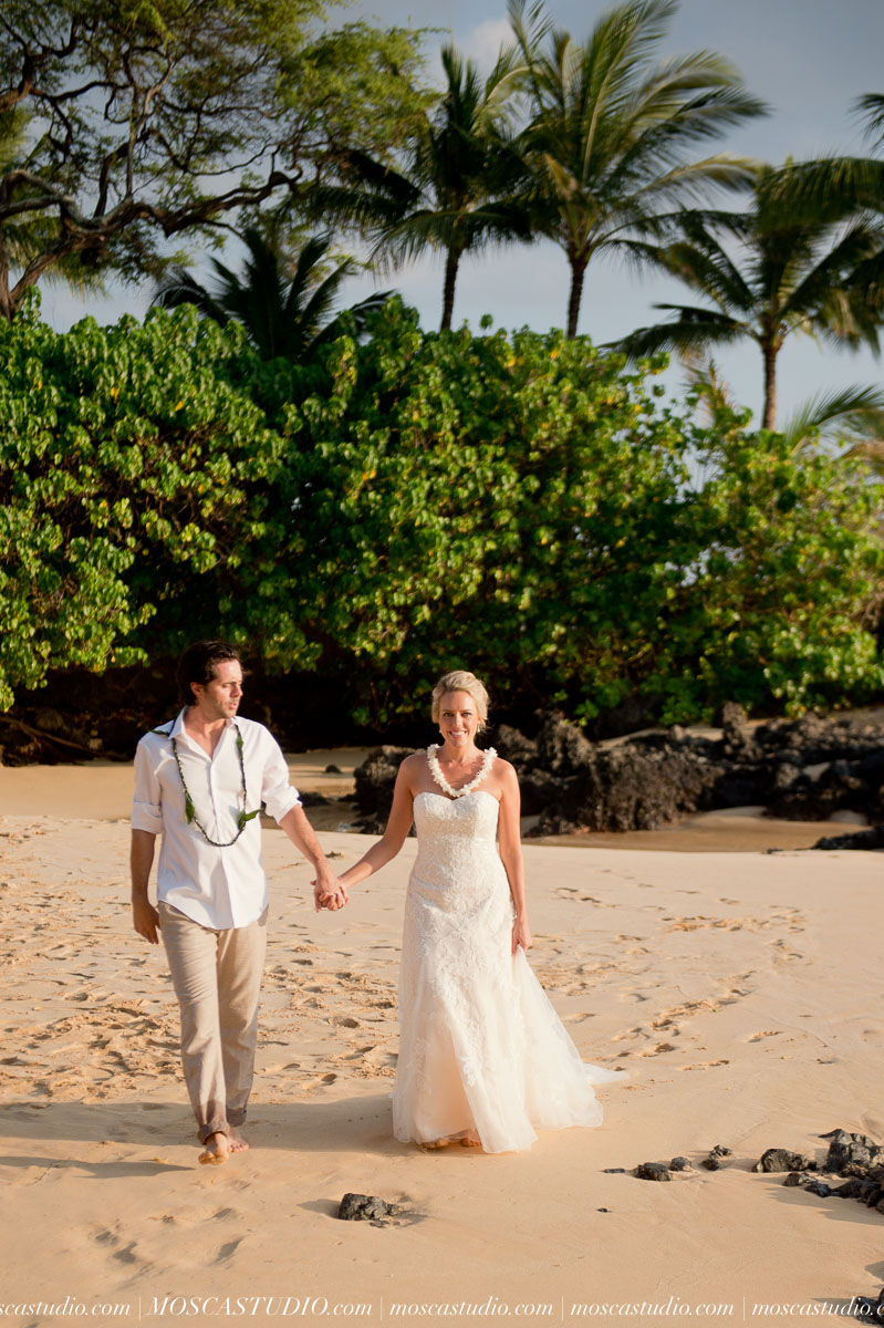 00459-MoscaStudio-AprilRyan-Maui-Hawaii-Wedding-Photography-20151009-SOCIALMEDIA.jpg