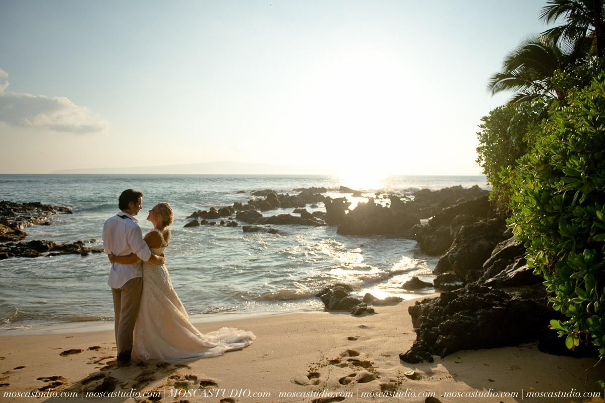 00470-MoscaStudio-AprilRyan-Maui-Hawaii-Wedding-Photography-20151009-SOCIALMEDIA.jpg
