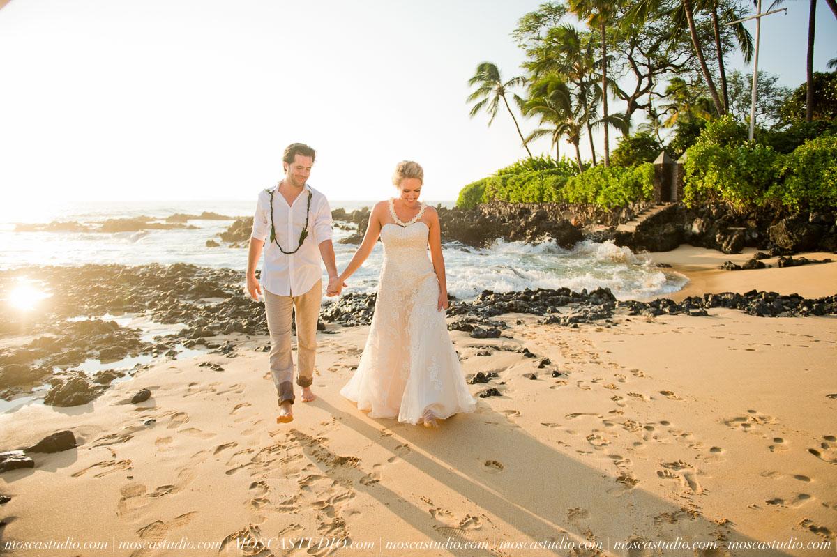 00500-MoscaStudio-AprilRyan-Maui-Hawaii-Wedding-Photography-20151009-SOCIALMEDIA.jpg