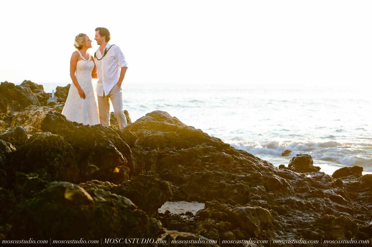 00516-MoscaStudio-AprilRyan-Maui-Hawaii-Wedding-Photography-20151009-SOCIALMEDIA.jpg