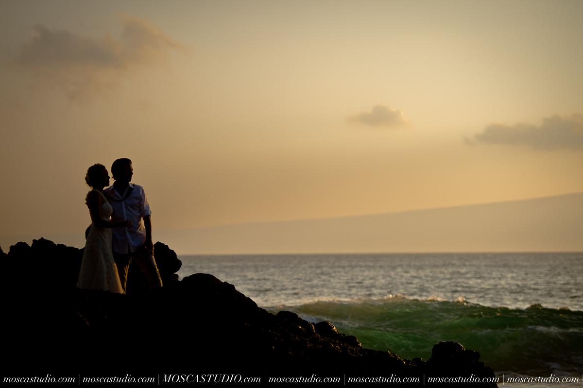 00521-MoscaStudio-AprilRyan-Maui-Hawaii-Wedding-Photography-20151009-SOCIALMEDIA.jpg