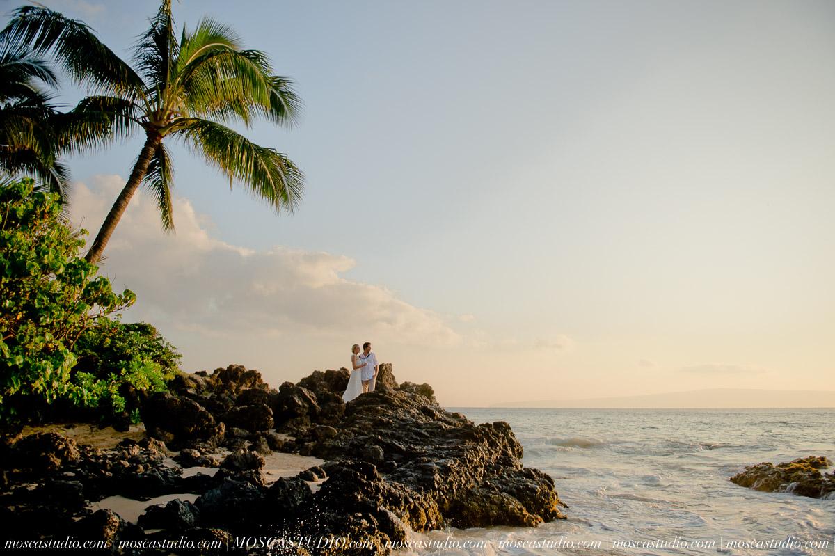 00524-MoscaStudio-AprilRyan-Maui-Hawaii-Wedding-Photography-20151009-SOCIALMEDIA.jpg