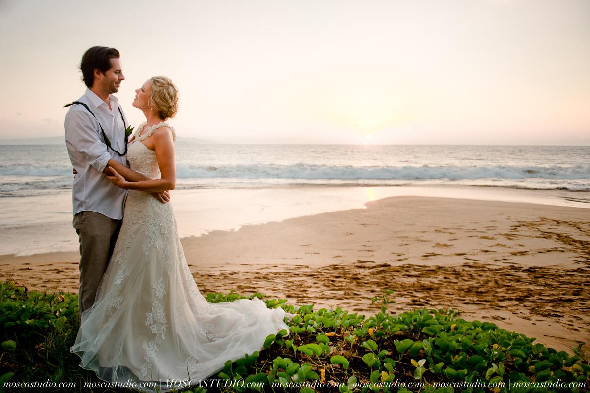 00570-MoscaStudio-AprilRyan-Maui-Hawaii-Wedding-Photography-20151009-SOCIALMEDIA.jpg