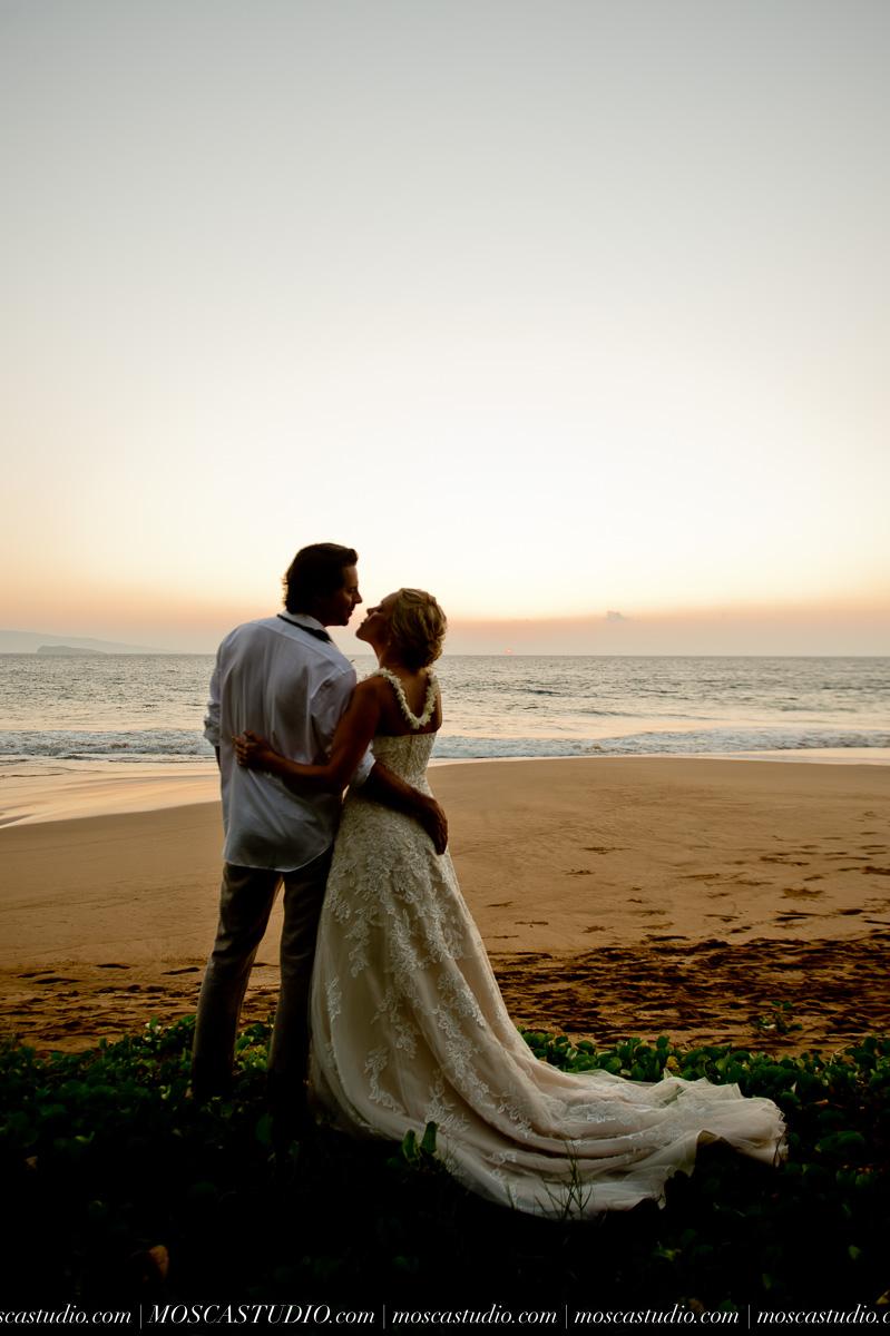 00588-MoscaStudio-AprilRyan-Maui-Hawaii-Wedding-Photography-20151009-SOCIALMEDIA.jpg
